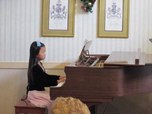 sunrise december 2012 performance little girl
